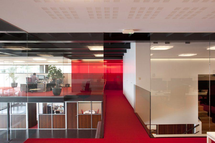 overloop tussen vergaderruimtes en R&D